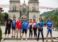 环三绿发会组织骑行爱好者以环保 宣传方式感受三都岛之美